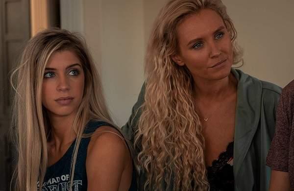 Due donne e un segreto trama cast