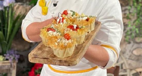 Cestini croccanti insalata di tacchino è sempre mezzogiorno