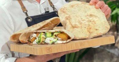 Pane arabo è sempre mezzogiorno