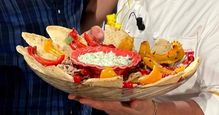 Mykonos nel piatto è sempre mezzogiorno